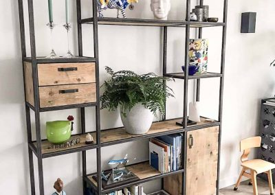 Houtvision-sloophout-maatwerk-industriële-meubelen-op-maat-gebruikt-oud-hout-staal-kaasplanken-stalen-frame-vakken-kast-deur-lade-jeff (1)