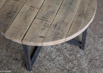 Houtvision-salontafel-rond-industrieel-oud-hout-1