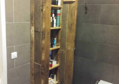Houtvision-sloophout-badkamer-meubel-kast-balken-oud
