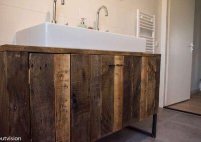 Houtvision-sloophout-badkamermeubel-industrieel-1