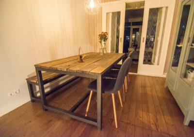 Houtvision-sloophout-indsutrie-hout-tafel-staal-2