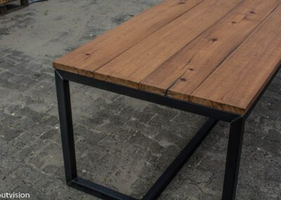 Houtvision-sloophout-industrieel-tafel-meerpalen-basralokus-5x5-duurzaam-5