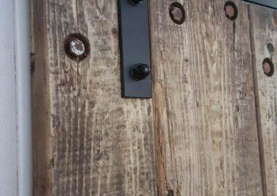 Houtvision-sloophout-maatwerk-deur-douwe-egberts-wagonplanken