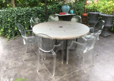 Houtvision-sloophout-maatwerk-eettafel-buiten-tuin-staal-stalen-ondestel-kruis-3x3-kabelhaspel-haspel-schijf-tafelblad-greywash-3