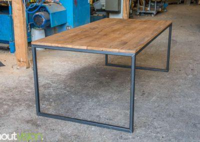Houtvision-sloophout-maatwerk-eettafel-plato-3x3
