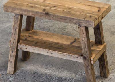Houtvision-sloophout-maatwerk-industriële-meubelen-hout-frans-bankje-badkamer-sidetable-oude-gebruikt-kaaspakhuis-balken-pa