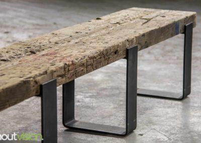 Houtvision-sloophout-maatwerk-industriële-meubelen-op-maat-gebruikt-oud-hout-staal-draglineschot-balk-massief-hardhout-tv-meubel-platte-strip-edwin-1