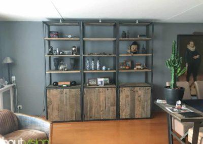 Houtvision-sloophout-maatwerk-kast-3x3-industrieel-wandkast-wand-industrie-hout