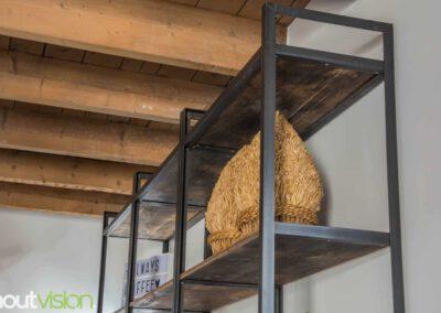 Houtvision-sloophout-maatwerk-kast-hoekprofiel-kaasplanken-oud-hout-wandkast-3