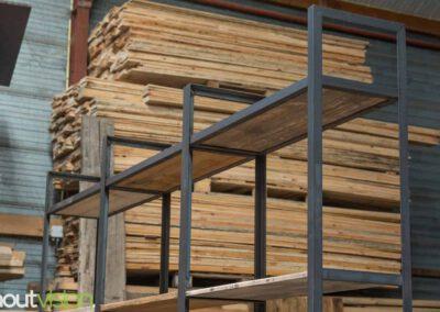 Houtvision-sloophout-maatwerk-kast-industrieel-hoekprofiel-wand-6