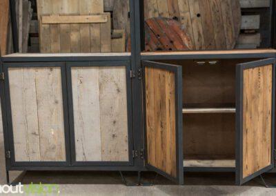 Houtvision-sloophout-maatwerk-kast-industrieel-hoekprofiel-wand-7