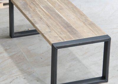 Houtvision-sloophout-maatwerk-meubelen-op-maat-industrieel-eettafel-hout-stalen-onderstel-steigerhout-o-frame-staal-hout-pa