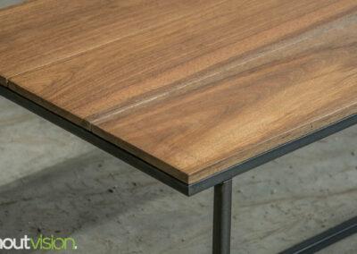 Houtvision-sloophout-maatwerk-meubelen-op-maat-industrieel-eettafel-salontafel-hout-stalen-onderstel-meerpalen-hardhout-luxe-basralocus-3