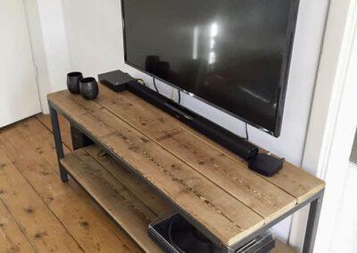 Houtvision-sloophout-maatwerk-meubels-kast-tvmeubel-tafel-staal-4