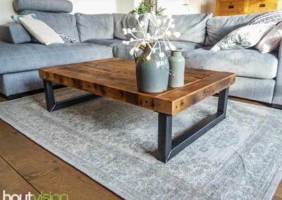 Houtvision-sloophout-maatwerk-salontafel-5x5-koker-staal-industrieel-balken-douwe-egbert