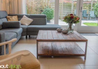 Houtvision-sloophout-maatwerk-salontafel-plato-3x3-staal-industrieel