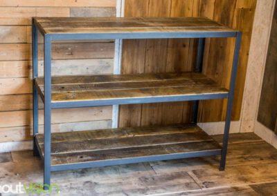Houtvision-sloophout-maatwerk-sidetable-hoeklijn-industrie-hout-wagonplanken