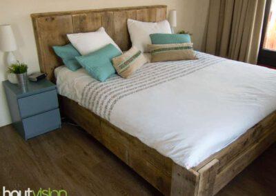 Houtvision-sloophout-maatwerk-steigerhout-bed