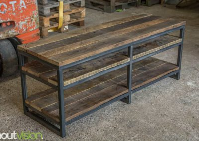Houtvision-sloophout-maatwerk-tvmeubel-dressoir-industrie-hout-industrieel-3x3