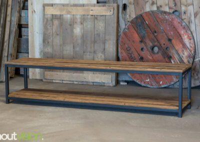 Houtvision-sloophout-maatwerk-tvmeubel-dressoir-industrieel