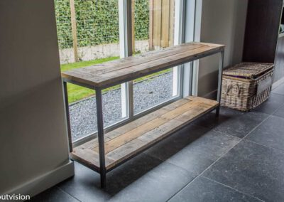 Houtvision-sloophout-sidetable-industrieel-staal-1