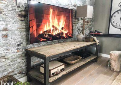 Houtvision-sloophout-staal-tvmeubel-dressoir-tribune-hout