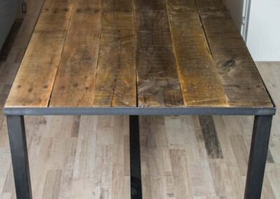 Houtvision-sloophout-tafel-industrieel-2