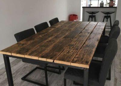 Houtvision-sloophout-tafel-tribune-planken-staal