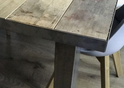 Houtvison-sloophout-maatwerk-kaasplanken-meubels-tafel-staal-2