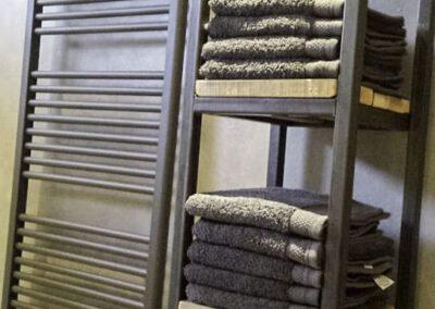houtvision-badkamermeubel-staal-badkamer-industrieel-2