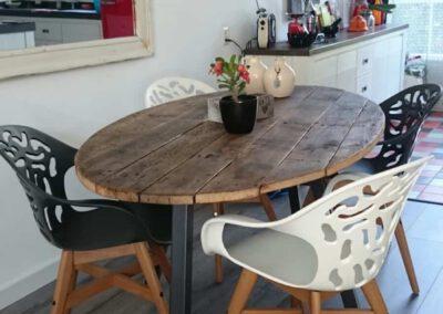 houtvision-meubelen-industrieel-ovale-tafel-ovaal