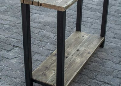 houtvision-sloophout-Sidetable-industrie-tribunehout