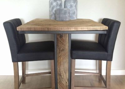 houtvision-sloophout-bartafel-staal-statafel-industrie-hout