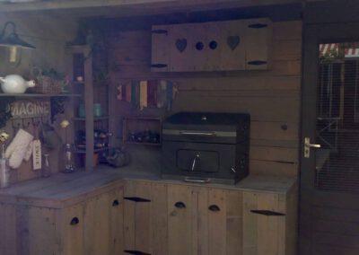 houtvision-sloophout-grenen-buintenkeuken-gebruikt-hout