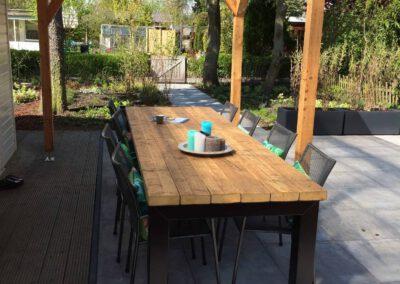 houtvision-sloophout-industrieel-buiten-tafel