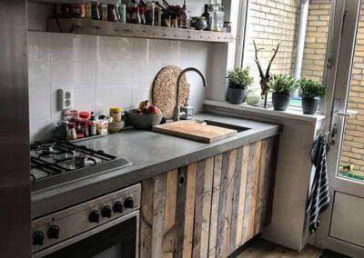 houtvision-sloophout-keuken-kastjes-pallethout-keukendeurtjes-tuinderskistenhout-aardappelkistenhout-2