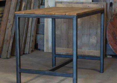houtvision-sloophout-maatwerk-bartafel-statafel-5x5-staal-industrieel-plato-hout-robuust-pa