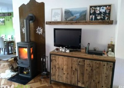 houtvision-sloophout-maatwerk-douwe-egberts-staal-kast-tv-meubel-openhaard-cortenstaal-geroest-kachel-dressoir1