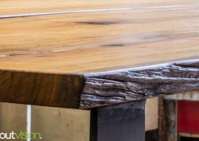 houtvision-sloophout-maatwerk-industrieel-tafels-eettafel-gebruikt-hout-meerpalen-hout-hardhout-groenhart-stalen-staal-tafelpoot-tafelonderstel-u-frame-15
