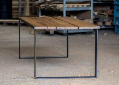 houtvision-sloophout-maatwerk-industrieel-tafels-eettafel-gebruikt-hout-meerpalen-hout-hardhout-groenhart-stalen-staal-zonder-logo-7
