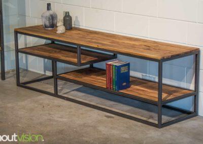 houtvision-sloophout-maatwerk-industriele-meubelen-hout-staal-tv-meubel-stalen-frame-vakken-pallethout-mangohout-look-a-like-2