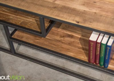 houtvision-sloophout-maatwerk-industriele-meubelen-hout-staal-tv-meubel-stalen-frame-vakken-pallethout-mangohout-look-a-like-4