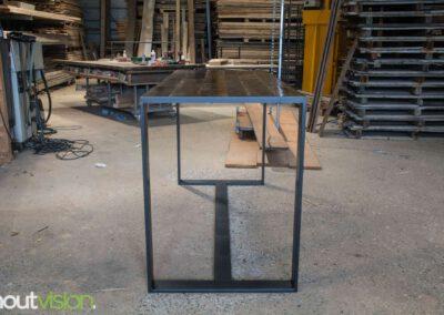 houtvision-sloophout-maatwerk-meubelen-bartafel-statafel-industriehout-industrieel-staal-2-12-staalkokerprofiel-stalen-strip-3