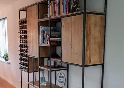 houtvision-sloophout-maatwerk-meubelen-industrieel-oude-kaasplanken-vakken-open-kast-vakkenkast-deurtjes-wijnrek-planken-productafbeelding