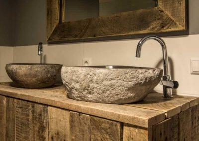 houtvision-sloophout-maatwerk-meubelen-kast-badkamermeubel-badkamerkast-dubbele-waskom-wasbak-staal-oud-gebruikt-hout-pa