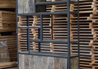 houtvision-sloophout-maatwerk-meubelen-kast-vakkenkast-industriehout-industrieel-staal-1