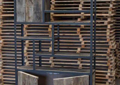 houtvision-sloophout-maatwerk-meubelen-kast-vakkenkast-industriehout-industrieel-staal-2