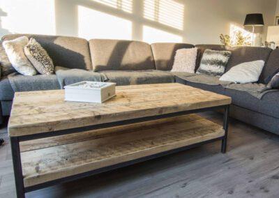 houtvision-sloophout-maatwerk-meubelen-op-maat-badding-balkenhout-zware-robuust-salontafel-staal-frame-pa