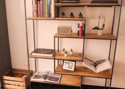 houtvision-sloophout-maatwerk-meubelen-op-maat-gebruikt-hout-kast-boeddha-vakken-industriele-vakkenkast-ontspijkerde-pallet-planken-pa