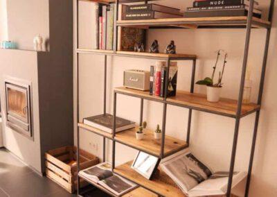 houtvision-sloophout-maatwerk-meubelen-op-maat-gebruikt-hout-kast-boeddha-vakken-industriele-vakkenkast-ontspijkerde-pallet-planken-staal-frame-1